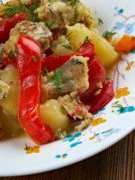 Receta de rape al horno con patatas y verduras