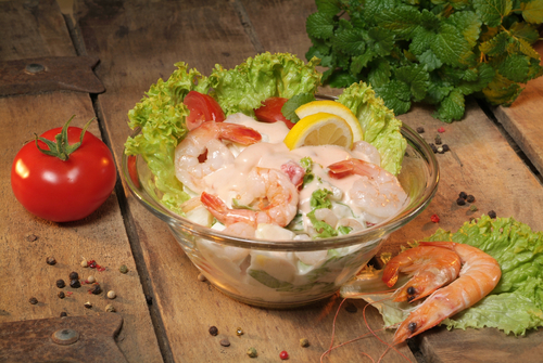 Receta de ensalada de aguacate con gambas