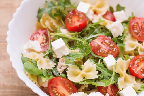 Receta de ensalada de pasta con espinacas