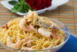 espaguetis con gambas y gulas
