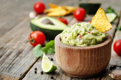Receta de guacamole mexicano