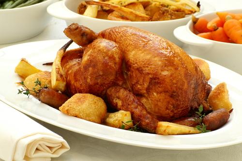 Receta de pollo al horno con patatas panaderas