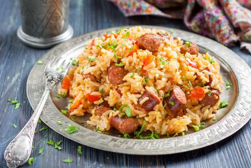 Receta de arroz con pollo y salchichas