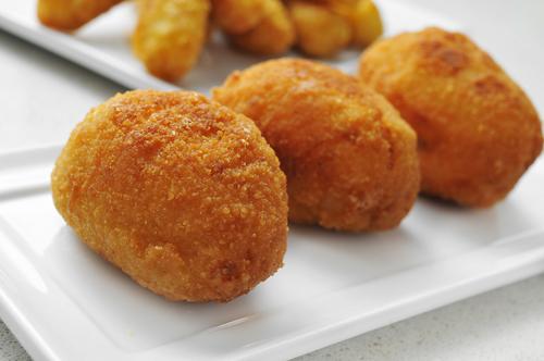 Receta de croquetas de pollo y patata