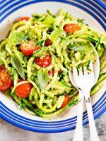 Receta de espaguetis de calabacín con pesto