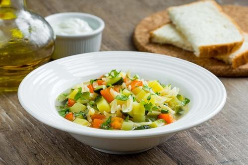 Receta de menestra de verduras con pollo - Como preparar menestra de verduras ...