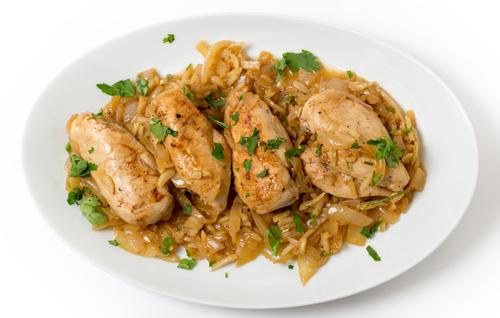Receta de pollo guisado con almendras