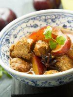 Receta de pollo guisado con manzana