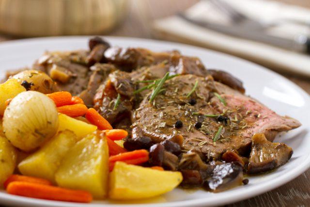 Asado de carne peruano
