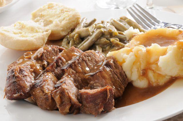 Receta de asado de carne con puré