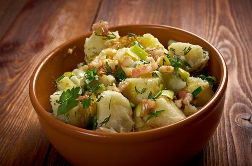 Receta de ensalada de patata con bacalao