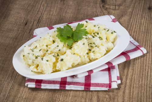 Receta de patatas al horno gratinadas con alioli
