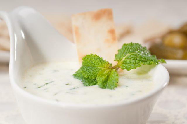 Receta de salsa de yogur vegana