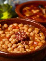Receta de cocido de garbanzos andaluz
