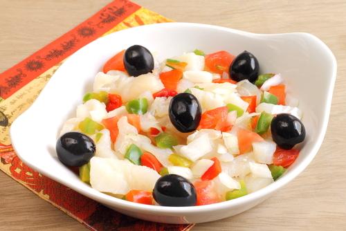 Receta de ensalada templada de bacalao