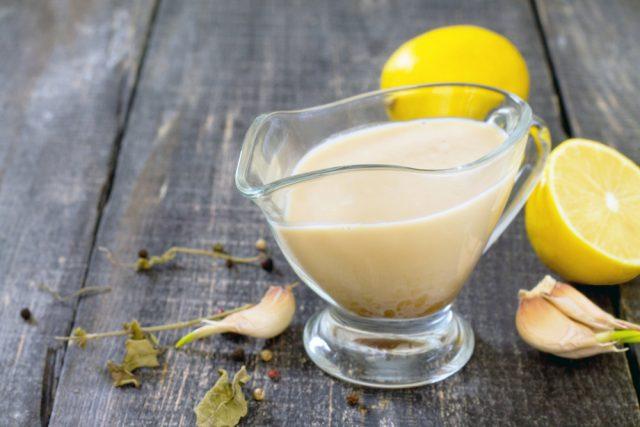 mayonesa de ajo con licuadora