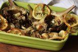 alcachofas rebozadas con salsa espanola