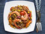 ensalada de quinoa con camarones