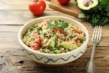 ensalada de quinoa y aguacate