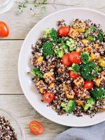 Receta de ensalada de quinoa y brócoli