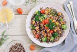 ensalada de quinoa y brocoli