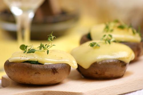 Receta de setas a la plancha con salsa de queso
