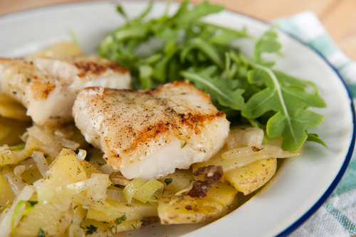 Receta de bacalao al horno gratinado con patatas