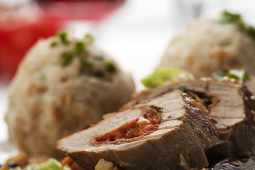 Receta de lomo relleno con salsa de ciruela