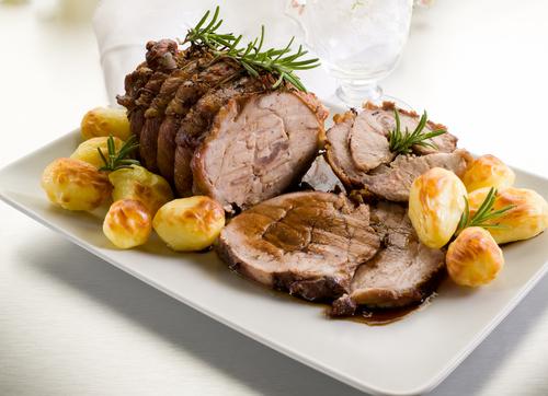 Receta de redondo de ternera al horno con patatas - Recetas de bogavante al horno ...
