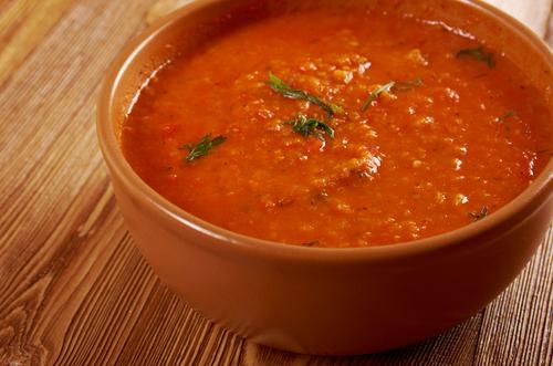 Receta de sopa de pan y tomate