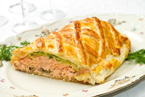 Receta de pastel de salmón con hojaldre  Salmon cake recipe with puff pastry receta de pastel de salmon con hojaldre