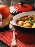 Receta de caldo de carne con patatas