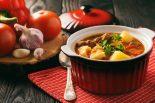 caldo de carne con patatas