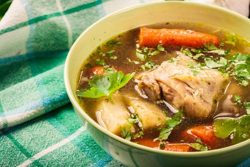 Receta de caldo de carne y pollo