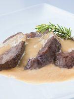 Receta de carrilleras de cerdo en salsa de champiñones