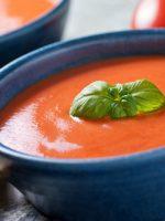 Receta de sopa de tomate con albahaca