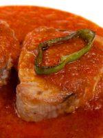Receta de atún con tomate al estilo de Huelva