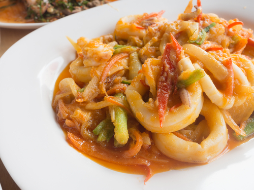 Recipe of cuttlefish in seafood sauce  Recipe of cuttlefish in seafood sauce receta de chipirones en salsa marinera