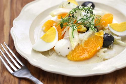 Receta de ensalada de bacalao ahumado y naranja