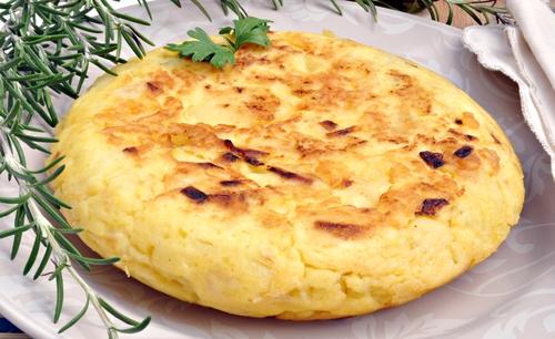 Receta de tortilla de alcachofas y patatas