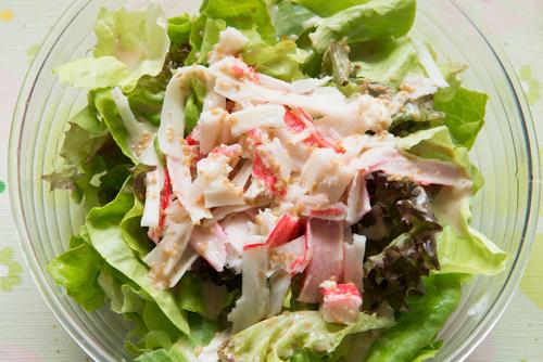 Receta de ensalada de cangrejo y lechuga