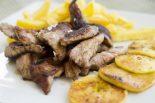 secreto iberico al horno con patatas y cebolla
